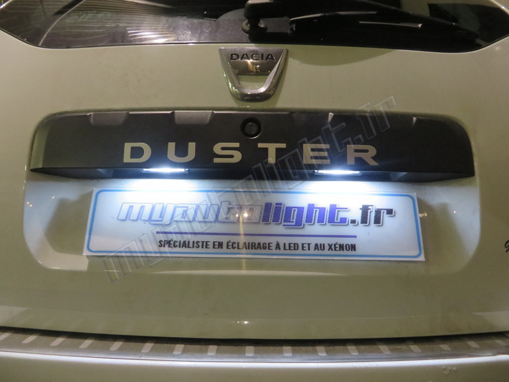 eclairage de plaque led pour dacia duster. Black Bedroom Furniture Sets. Home Design Ideas